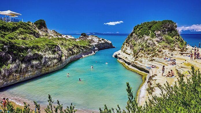 canal d'amour plage corfou grece