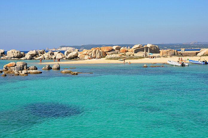 ile secrete mediterranee lavezzi