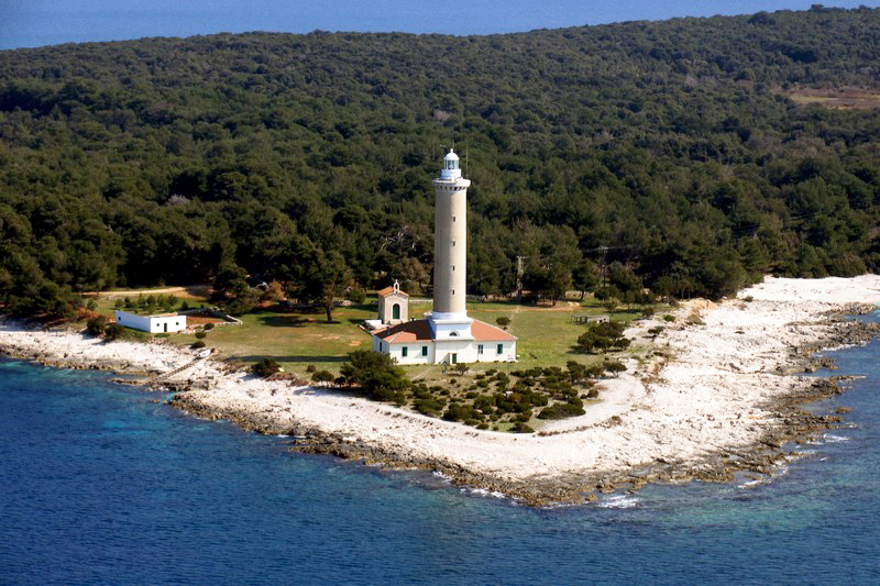 louer phare veli rat croatie