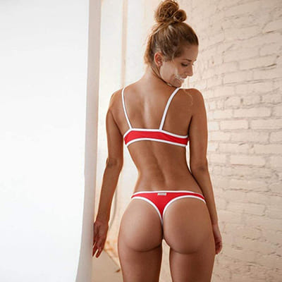 maillot string