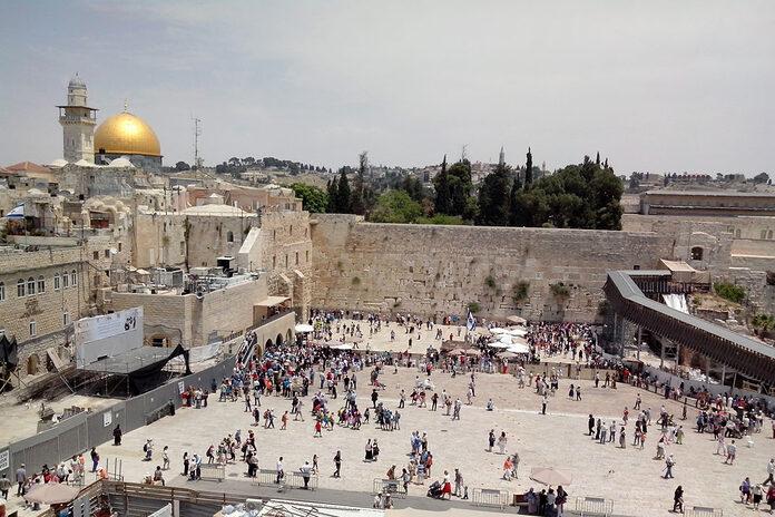mur lamentations jerusalem israel