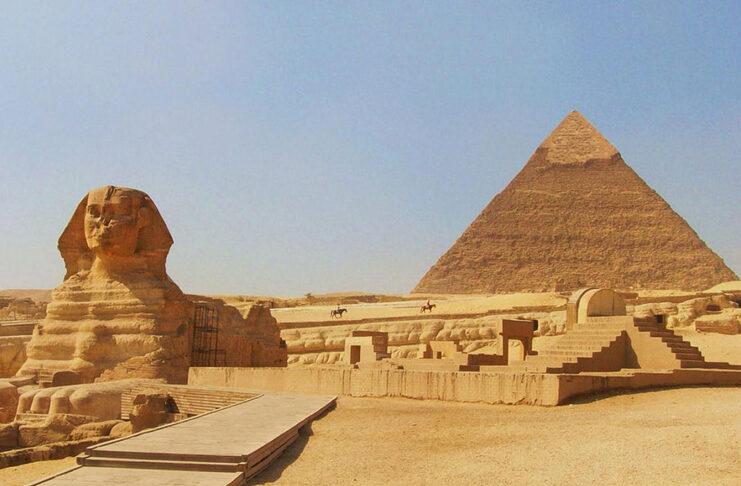 sphinx pyramide gizeh egypte